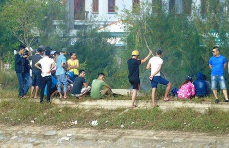 Quang Binh: Chet duoi khi di tha luoi tren song - Anh 1