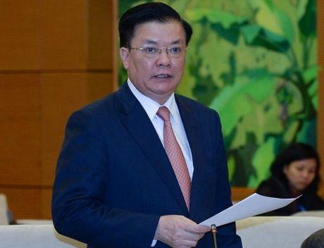 Bo truong Dinh Tien Dung noi ve viec giai quyet lao dong doi du sau khoan xe cong - Anh 1