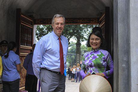 Dai su My: Toi tin tuong va se dau tu cho thanh cong cua phu nu Viet Nam - Anh 1