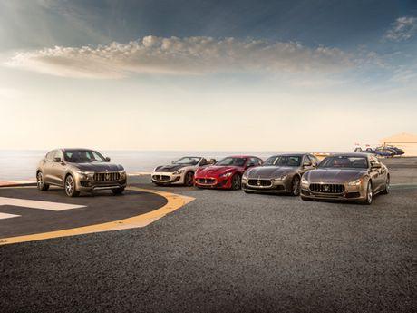 Maserati mang nhieu xe sang den Trien lam O to quoc te VIMS 2016 - Anh 1