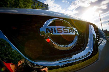 Nissan hoan tat thu tuc mua 34% co phan cua Mitsubishi - Anh 1