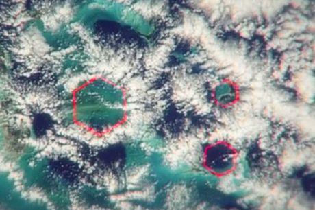 Bom khong khi: Bi an 'Tam giac quy' Bermuda - Anh 2