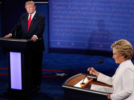 'So gang' lan 3 voi ba Clinton: Tham hoa cua ong Trump - Anh 3
