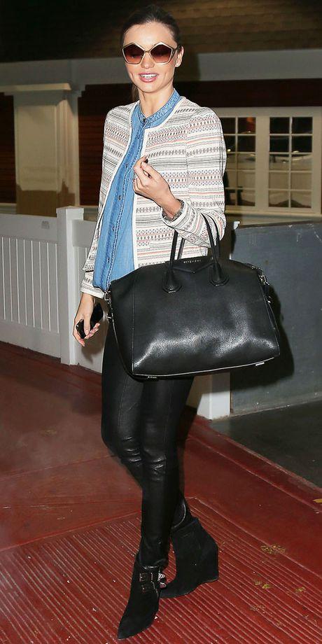 Chi voi chiec quan da, Miranda Kerr bien hoa du phong cach - Anh 10