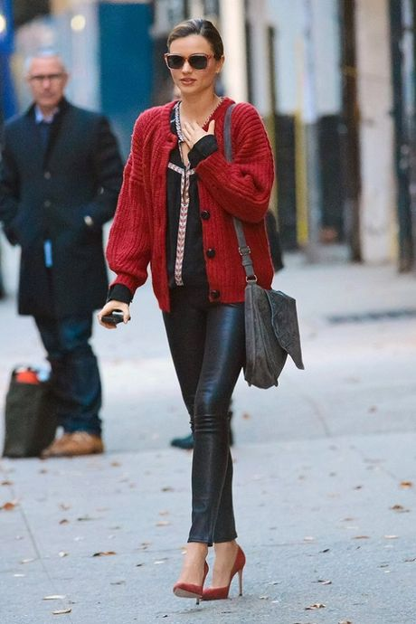 Chi voi chiec quan da, Miranda Kerr bien hoa du phong cach - Anh 12