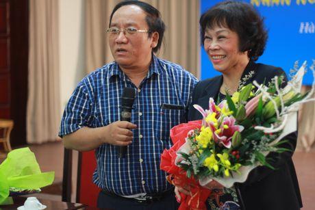 Tran Dang Khoa ngac nhien khi Nguyen Thi Minh Thai lam tho - Anh 2