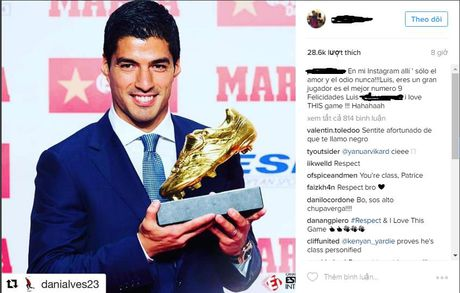 Evra bat ngo chuc mung 'ke thu' Luis Suarez - Anh 1