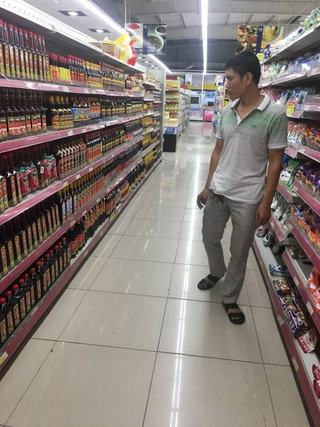 Fivimart 'do lenh' ngung ban nuoc mam truyen thong - Anh 2
