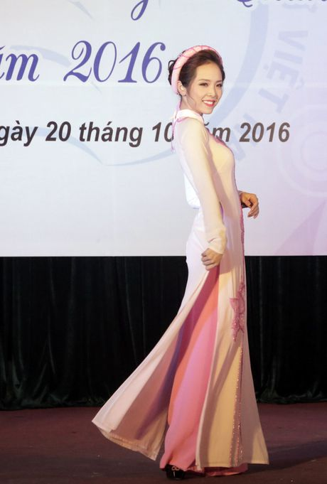 Hoa khoi dau tien cua Hoc vien Phu nu Viet Nam - Anh 4