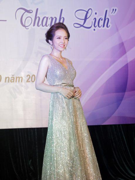 Hoa khoi dau tien cua Hoc vien Phu nu Viet Nam - Anh 5