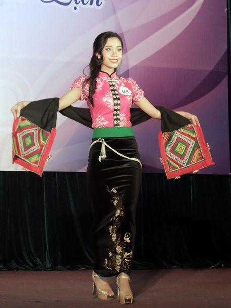 Hoa khoi dau tien cua Hoc vien Phu nu Viet Nam - Anh 8