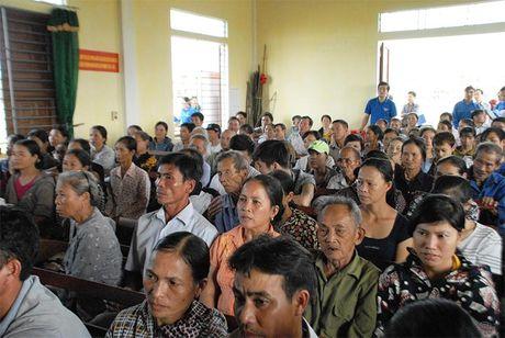 Vinamilk ho tro 2 ty dong cho ba con vung lu Ha Tinh, Quang Binh - Anh 2