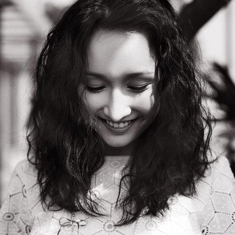 Anna Truong: 'Da duoc la chinh minh, nhung van chua... thoat bong' - Anh 1