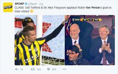 DAC BIET: Sir Alex va CDV Man United vo tay chuc mung pha lam ban cua Robin van Persie - Anh 5