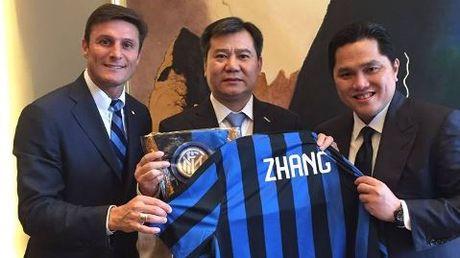 Buffon phan doi kich liet cac nha dau tu Trung Quoc nhung tay vao bong da Italy - Anh 1