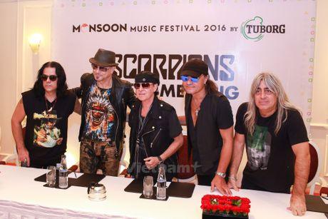 Ban nhac lung danh Scorpions sang Viet Nam: Muon con hon khong - Anh 4