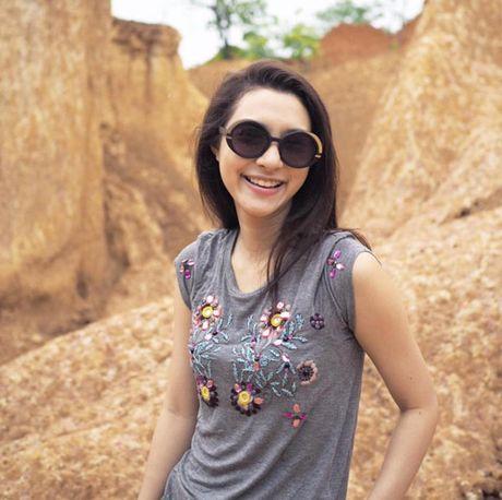 Bat ngo voi dung nhan cua my nhan Thai 'tinh dan ong' - Anh 2