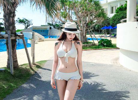 'Nong ray' voi anh bikini cua hot girl dep nhat xu Han - Anh 16