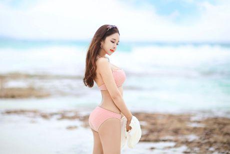'Nong ray' voi anh bikini cua hot girl dep nhat xu Han - Anh 20