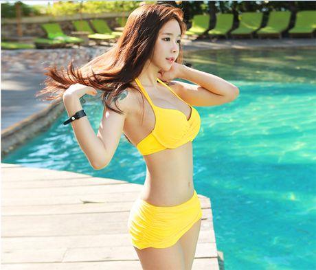 'Nong ray' voi anh bikini cua hot girl dep nhat xu Han - Anh 2