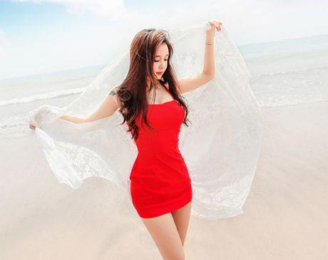 'Nong ray' voi anh bikini cua hot girl dep nhat xu Han - Anh 7