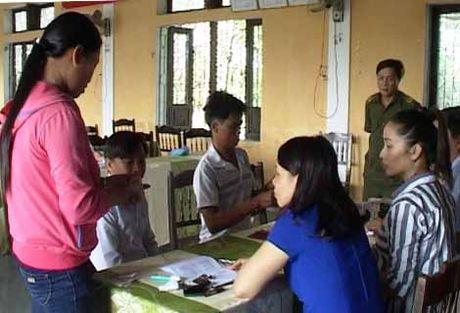 Hue: Nhung ngu dan dau tien nhan duoc tien boi thuong tu Formosa - Anh 1