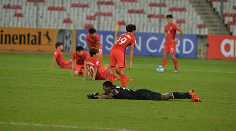 Bao Han noi dien, nguyen rua AFC vi U19 Han Quoc bi loai - Anh 1