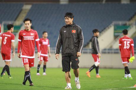 DIEM TIN TOI (22.10): Nguoi Thai uoc co hang thu nhu U19 Viet Nam - Anh 2