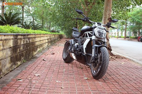 Can canh Ducati XDiavel gia 756 trieu tai Viet Nam - Anh 20