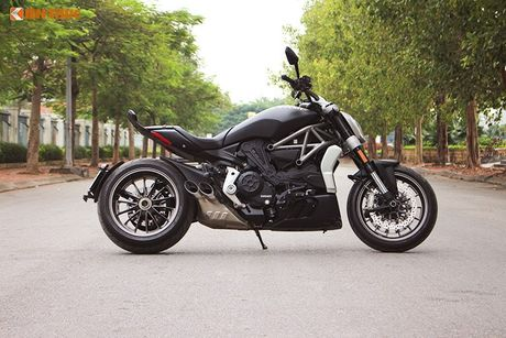 Can canh Ducati XDiavel gia 756 trieu tai Viet Nam - Anh 2