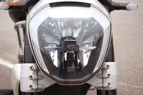 Can canh Ducati XDiavel gia 756 trieu tai Viet Nam - Anh 4