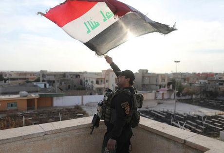 Soi nha tho o dong Mosul bi phien quan IS tan pha - Anh 6