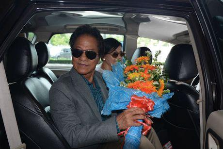 Che Linh dua vo tre ve VN chuan bi cho liveshow tai HN - Anh 10