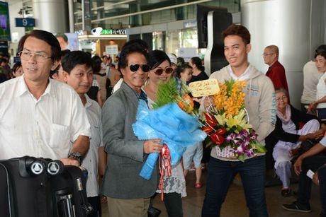 Che Linh dua vo tre ve VN chuan bi cho liveshow tai HN - Anh 3