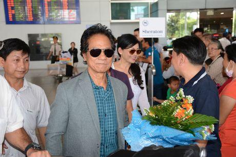 Che Linh dua vo tre ve VN chuan bi cho liveshow tai HN - Anh 4
