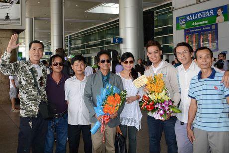 Che Linh dua vo tre ve VN chuan bi cho liveshow tai HN - Anh 6