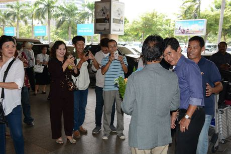 Che Linh dua vo tre ve VN chuan bi cho liveshow tai HN - Anh 8