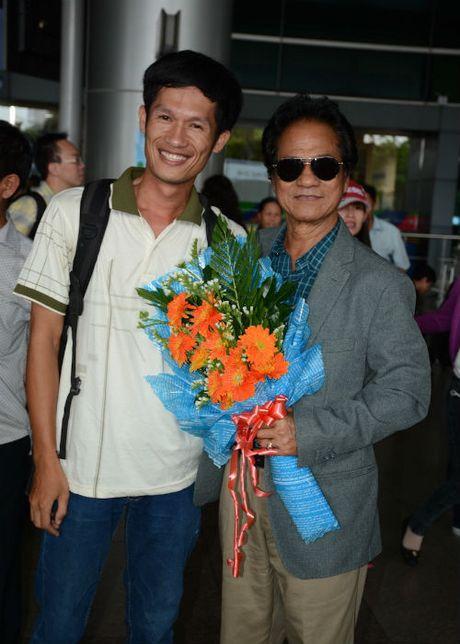 Che Linh dua vo tre ve VN chuan bi cho liveshow tai HN - Anh 9