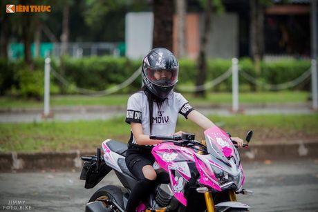 Bong hong Viet 'nai cung' Kawasaki Z800 Hello Kitty - Anh 2