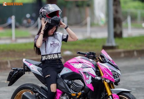 Bong hong Viet 'nai cung' Kawasaki Z800 Hello Kitty - Anh 9