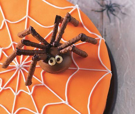 Son gai oc nhung chiec banh mang nhen kinh di ngay Halloween - Anh 6