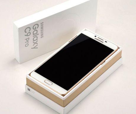 Lo dien hinh anh thuc te Samsung Galaxy C9 Pro - Anh 2