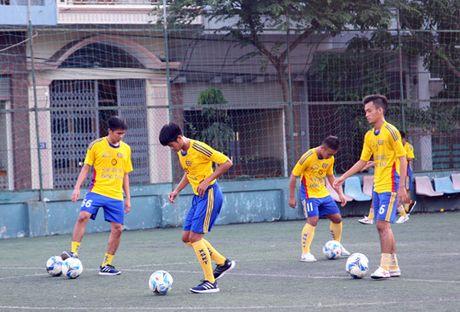 Nguoi Quang Ninh hao hung chao don giai U.21 Bao Thanh Nien - Anh 19