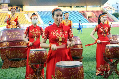 Nguoi Quang Ninh hao hung chao don giai U.21 Bao Thanh Nien - Anh 1