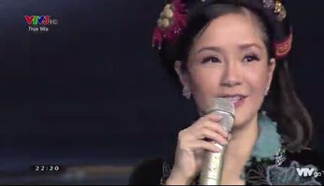 Giong hat Viet nhi 2016 liveshow 6: Thuy Binh gay choang khi hat rock - Anh 17