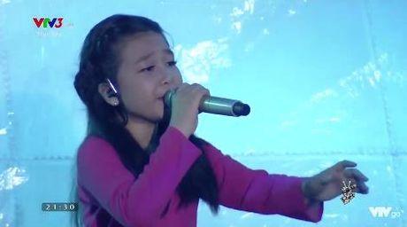 Giong hat Viet nhi 2016 liveshow 6: Thuy Binh gay choang khi hat rock - Anh 5