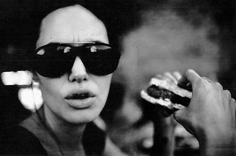 Angelina Jolie – Brad Pitt khong co ke hoach hoa giai - Anh 2