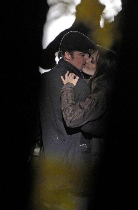 Angelina Jolie – Brad Pitt khong co ke hoach hoa giai - Anh 3