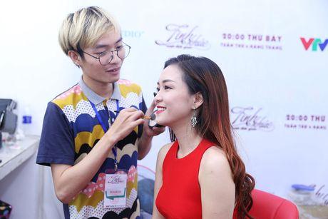 Tinh khuc vuot thoi gian danh dau trai nghiem moi cua Dinh Huong - Anh 2