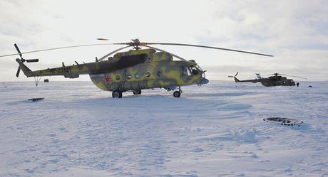 Truc thang Mi-8 cho 22 nguoi roi tai Nga, 1 nguoi song sot - Anh 1